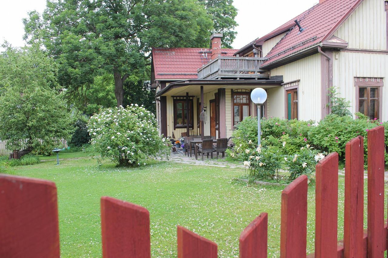 北欧『フィンランド』の昔ながらの木造住宅。「プータロ(P U U T A L O」の魅力