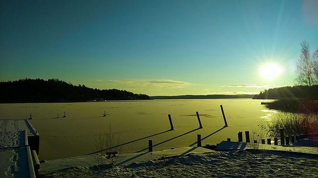 北欧『フィンランド』の冬時間。体は、やっぱり「おひさま」を求めてる?